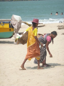 Beach cleaners, Palolem